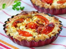 mini quiche met ricotta en tomaat