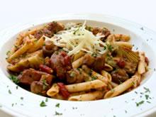 pasta met artisjok en braadworst