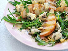 salade met gegrilde peer